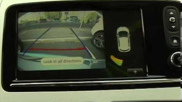 ZOE - CLIO : Einparkhilfe / Rückfahrkamera